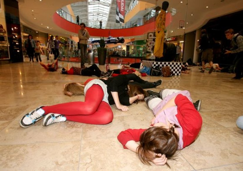 """Flash mob"" dalyviai"