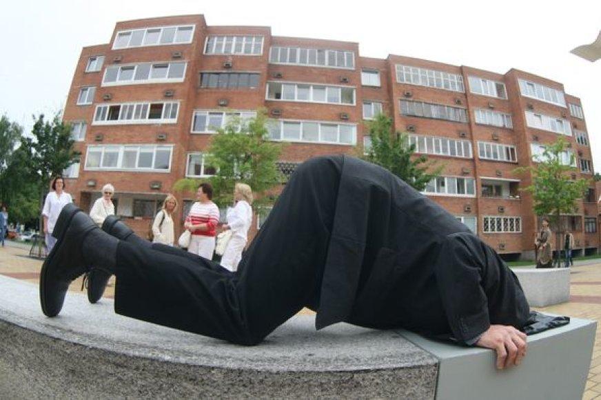 11 menininkų kūrė skulptūras Klaipėdos M.Mažvydo alėjai