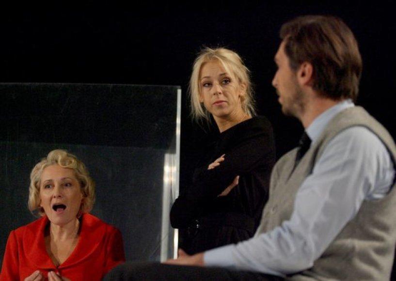 """Premjeros """"Triušio landa"""" pristatymas Vilniaus mažajame teatre"""