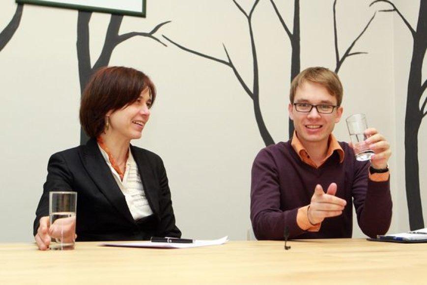 Švietimo ir mokslo viceministrė Nerija Putinaitė ir LSS prezidentas Dainius Dikšaitis