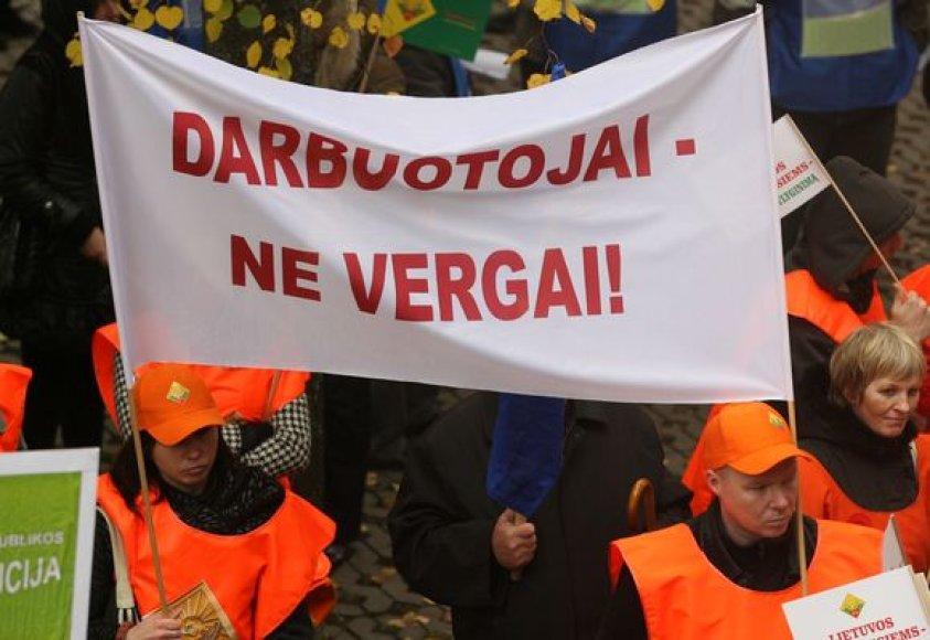 Vilniuje – protestai prieš Vyriausybės taupymo priemones