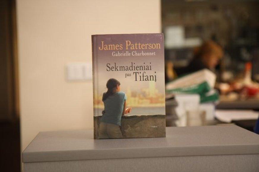 """J.Patterson """"Sekmadieniai pas Tifanį"""""""
