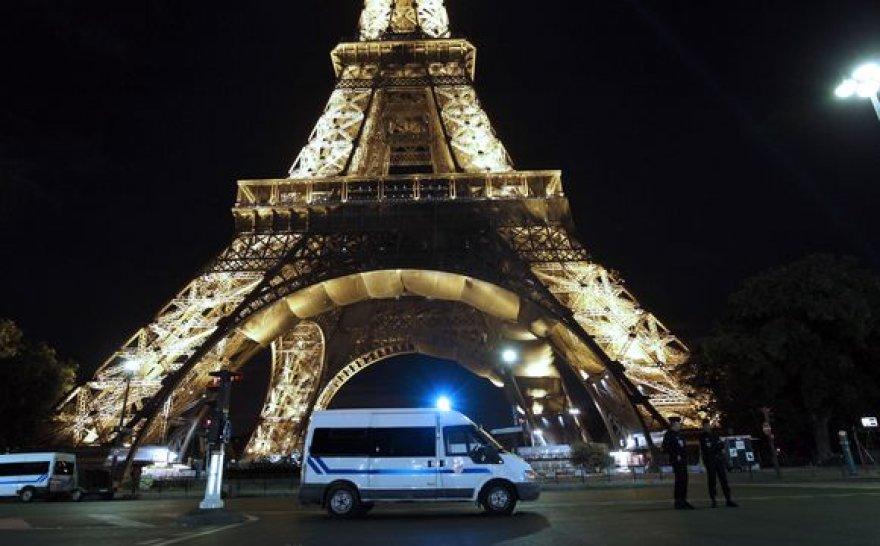Eifelio bokštas saugomas policijos