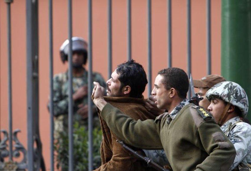 Prie Egipto nacionalinio muziejaus sulaikytas nusikaltėlis