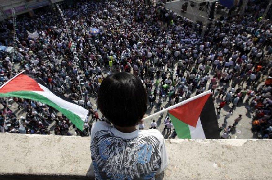 Palestiniečiai reikalauja, kad JT pripažintų jų valstybę