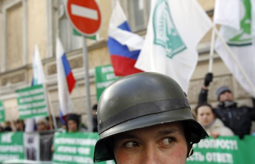 Eitynės Rygoje sukėlė protestus ir Maskvoje
