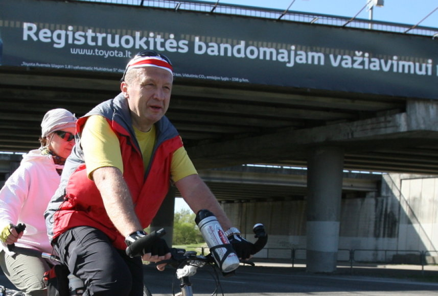 Premjeras A.Kubilius atidaro dviračių sezoną.