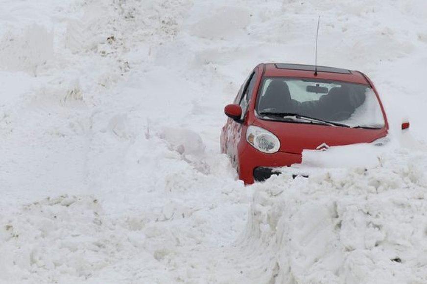 Vokietijos keliuose vairuotojų laukė išbandymai