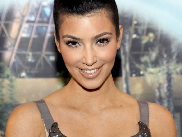 3 vieta (tarp dailiausių) – TV aktorė Kim Kardashian