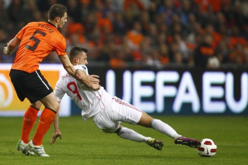 Olandų ir vengrų dvikova
