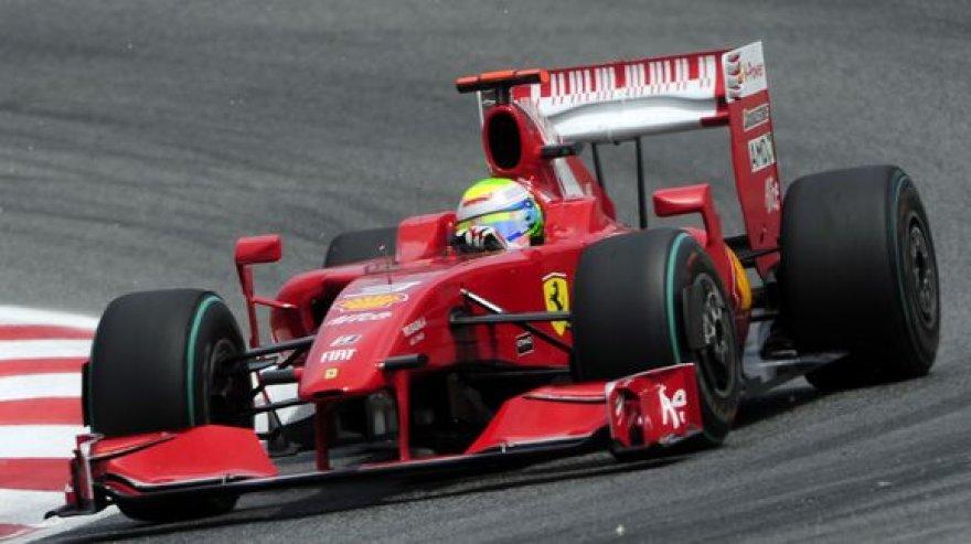 """Per penkis pirmuosius šio """"Formulės-1"""" čempionato etapus """"Ferrari"""" yra surinkusi vos 6 taškus."""