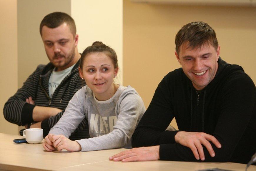 Jevgenijaus Vachtangovo teatro aktoriai (iš kairės): Arturas Ivanovas, Marija Berdinskich ir Vladimiras Vdovičenkovas.