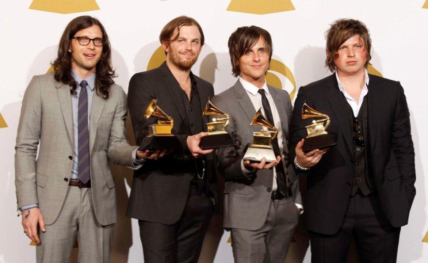 """""""Kings of Leon"""" nariai (iš kairės į dešinę): Nathanas Followillas, Calebas Followillas, Jaredas Followillas ir Matthew Followillas."""