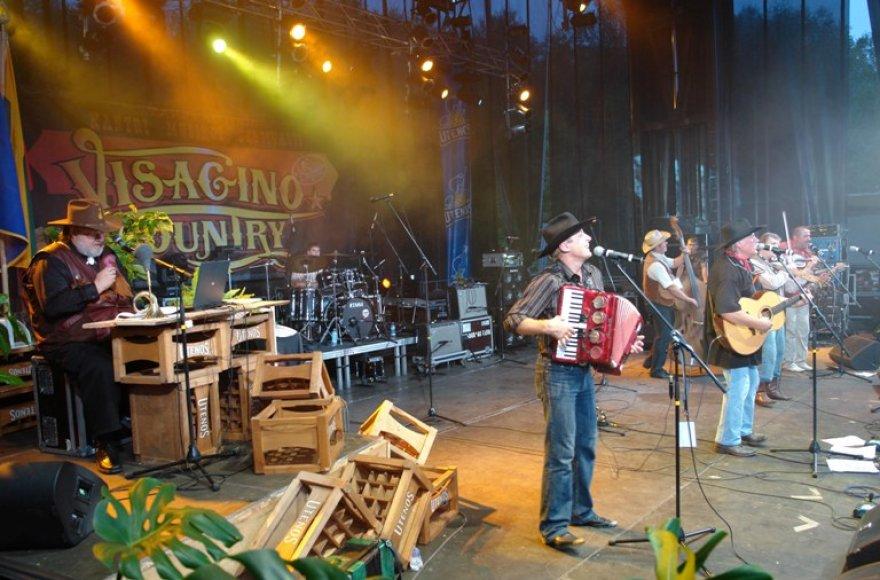 """""""Visagino country"""" – svarbiausias ir didžiausias kantri muzikos gerbėjų susibūrimas Lietuvoje."""