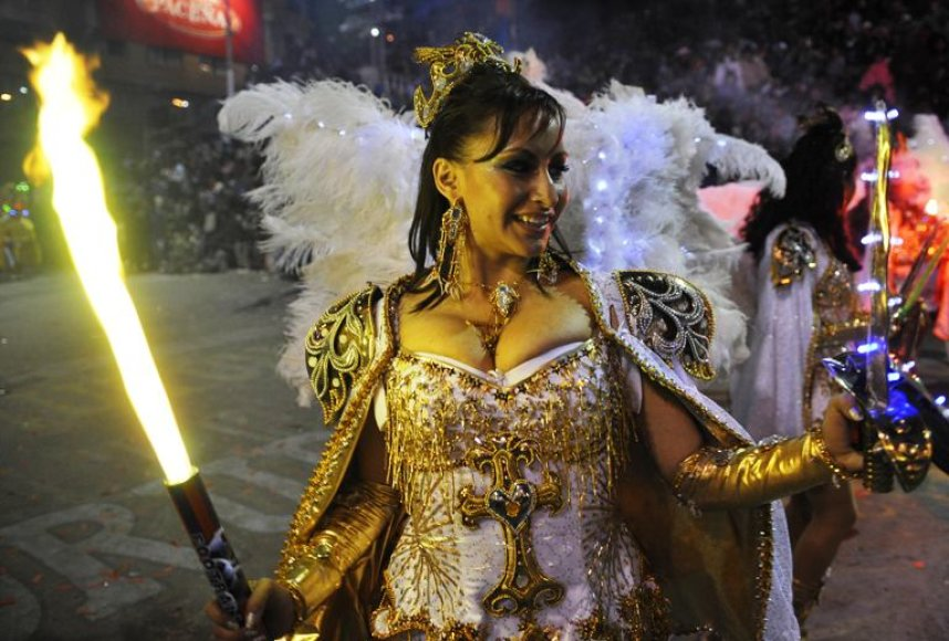 Bolivijoje vykstantis Oruro karnavalas laikomas vienu garsiausių Pietų Amerikoje po Rio de Žaneiro. Ši šventė UNESCO laikoma nematerialia pasaulio kultūros vertybe.