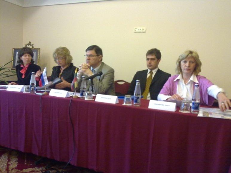 Rusijos dienos organizatoriai teigė, jog kultūriniais renginiais tikimasi perteikti Rusijos kultūrą.
