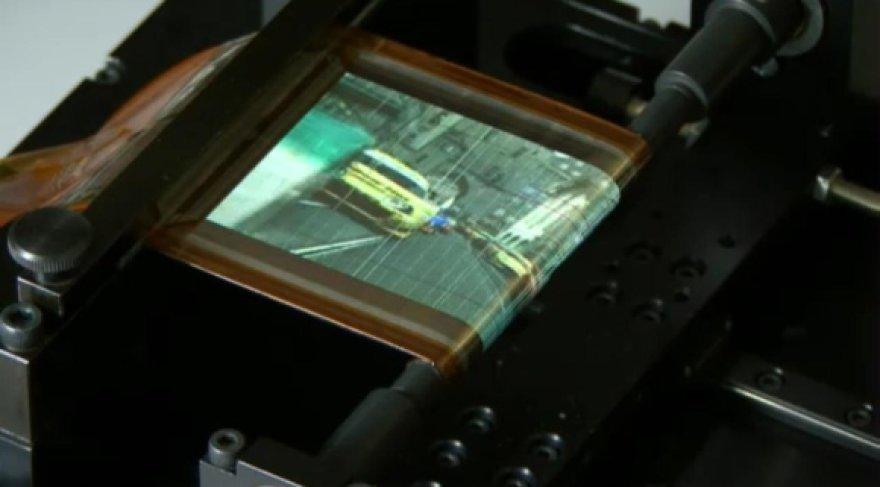 """Bendrovės """"Sony"""" sukurtas susukamas ekranas."""