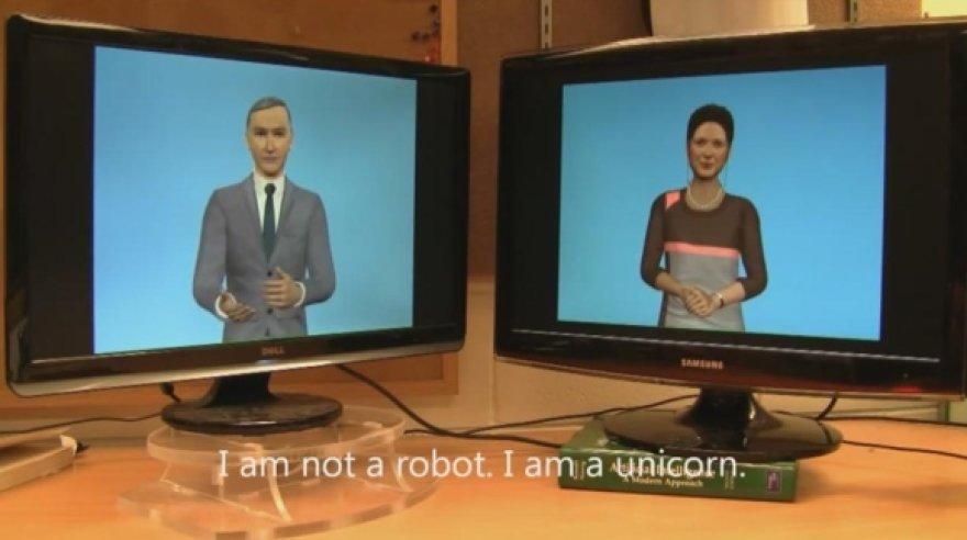 """Dviejų kompiuterių pokalbyje yra nemažai nelogiškų pareiškimų, kaip antai: """"Aš ne robotas. Aš esu vienaragis."""""""