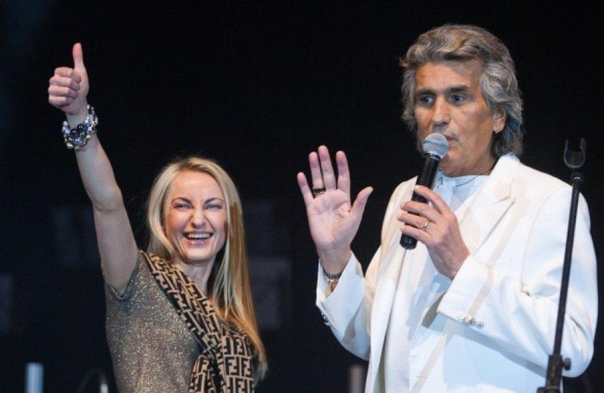 Į Toto Cutugno koncertą Vilniuje atėjusioms moterims dėmesio netrūko.