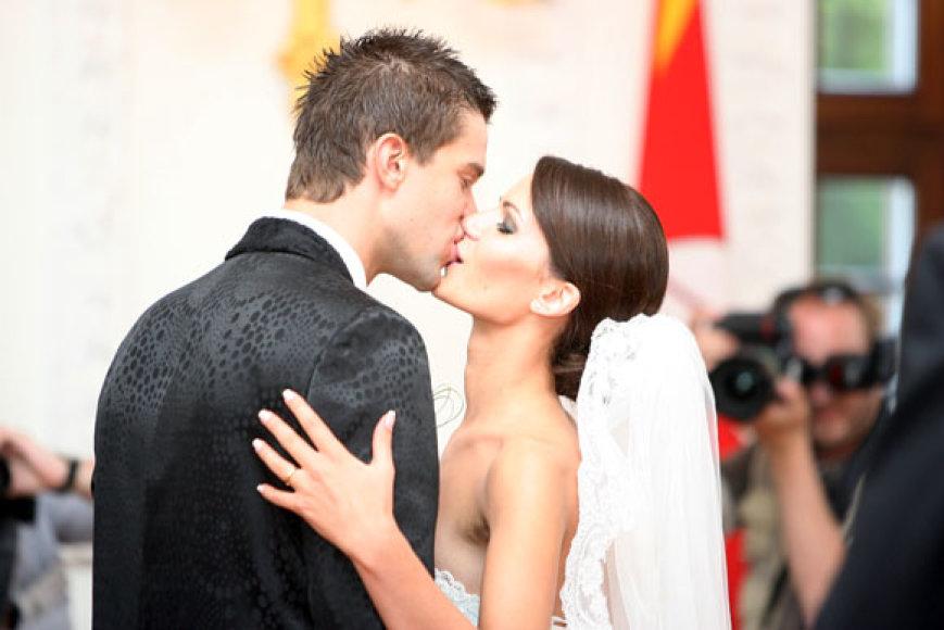 M.Kalniečio vestuvės