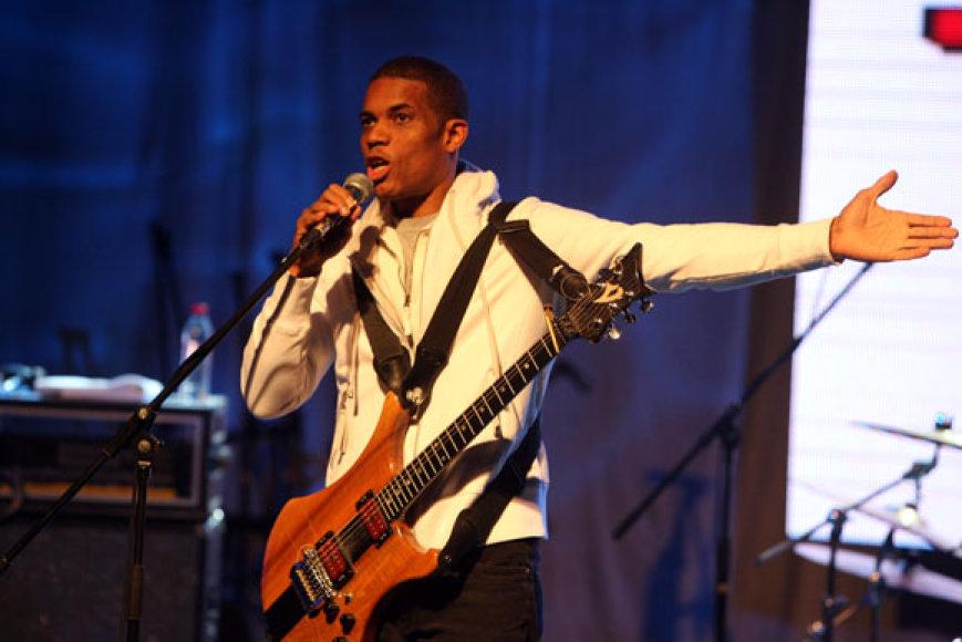 Gitaristas Stanley Jordan (JAV)