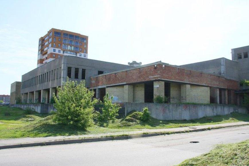 Apleistas pastatas, esantis Baltų prospekte, parduotas aukcione už 801 tūkst. litų
