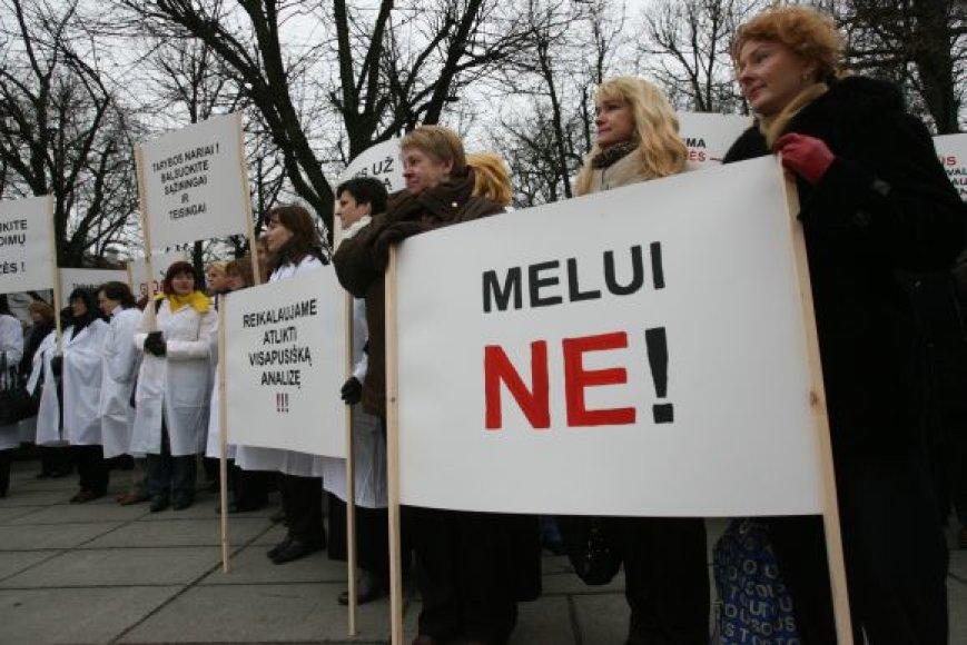 Kauno 2-osios klinikinės ligoninės darbuotojai vėl rengiasi protesto akcijai.