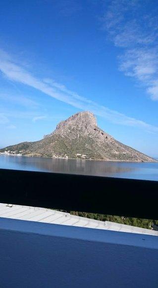Asmeninė nuotr./Pusryčiaujant Kalymnos gėriesi Talendos sala