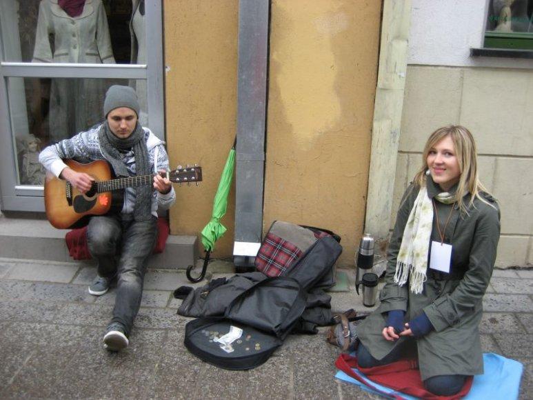 Akustinės zonos muzikantai: Kamilė ir Daumantas