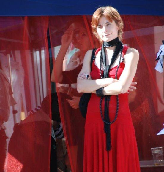 Naktiniame vakarėlyje bus pristatoma dizainerės A.Zinčiukaitės improvizuota kolekcija.