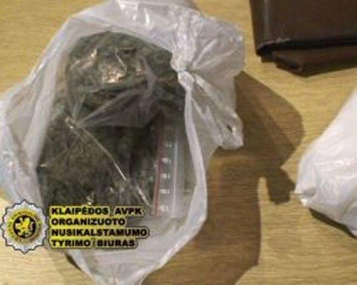 Uostamiestyje įkliuvo narkotikų prekeiviai.