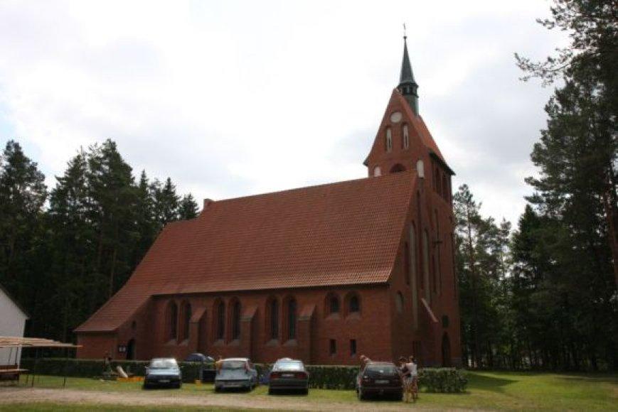 Restauruota Vanagų evangelikų liuteronų bažnyčia.