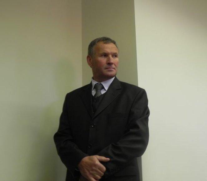 Susikompromitavęs 36-erius metus policijoje išdirbęs J.Kažys siekia vėl grįžti į tarnybą.