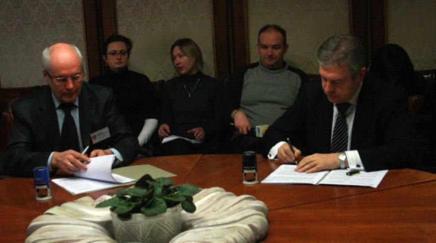 Klaipėdos savivaldybėje pasirašyta sutartis su naujosios jėgainės statytojais.