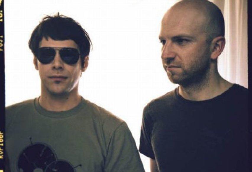 """) Andriaus Alien ir Benua duetas paruošė tikrų lietuviškų ritmų """"Kiwi"""" lankytojams."""
