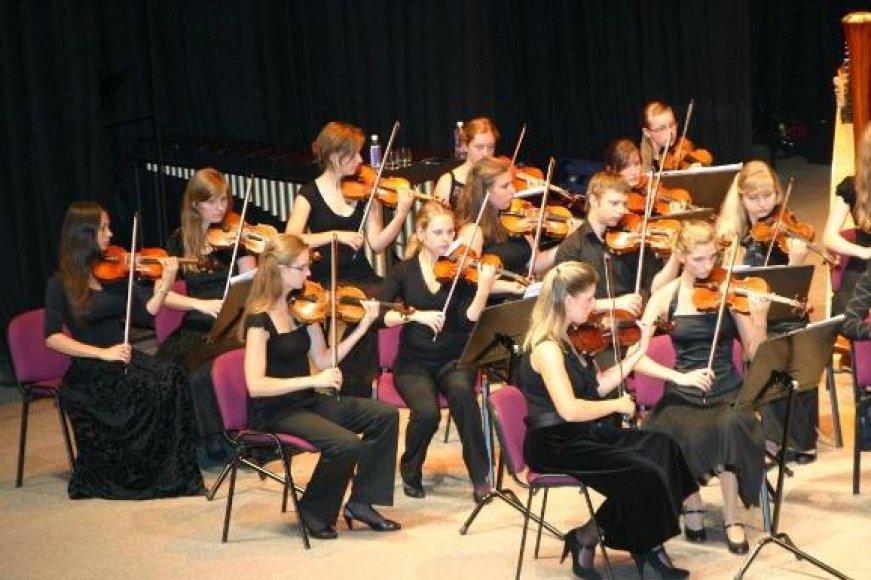 Klaipėdoje rytoj koncertuos būsimosios žvaigždės – M.K.Čiurlionio nacionalinės menų gimnazijos simfoninis orkestras.