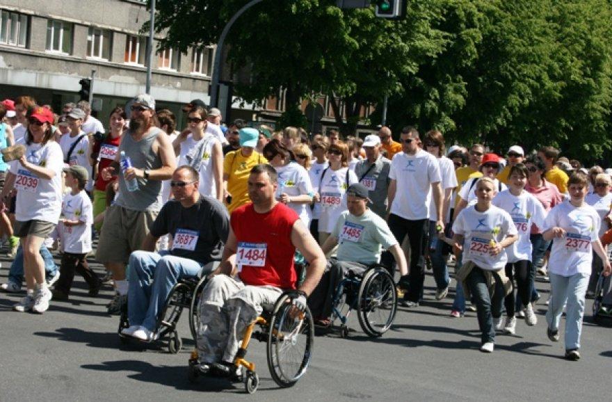 Simbolinis bėgimas Klaipėdos gatvėmis suvienija tūkstančius žmonių.