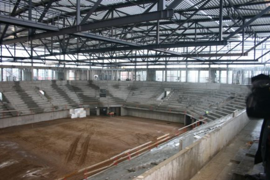 Klaipėdos arenos statytojai darbus ketina užbaigti iki balandžio.