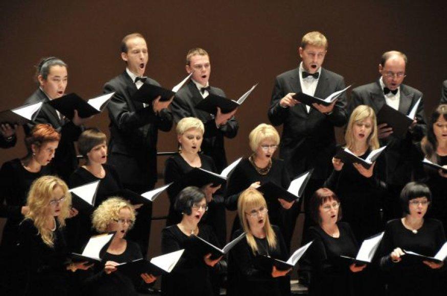 """Baigiamajame festivalio """"Klaipėdos muzikos pavasaris"""" koncerte  pasirodys uostamiesčio choras """"Aukuras""""."""