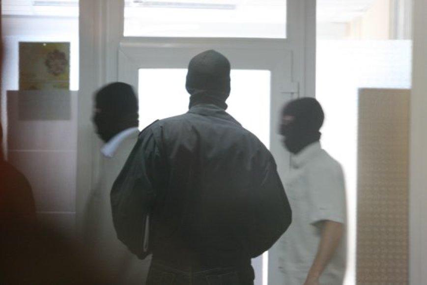 Klaipėdos apygardos teisme, nagrinėjant Henriko Daktaro grupuotės bylą, imtasi ypatingų saugumo priemonių.