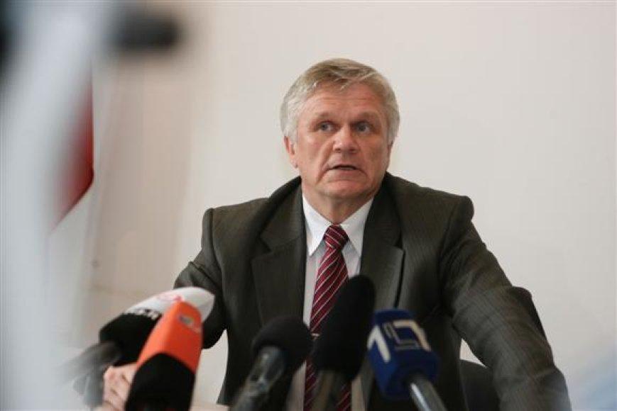 Teisėjas B.Varsackis