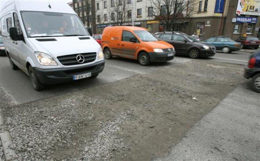 Situacija judriausia Kauno gatve tituluojamame Savanorių prospekte šiuo metu yra apverktina.