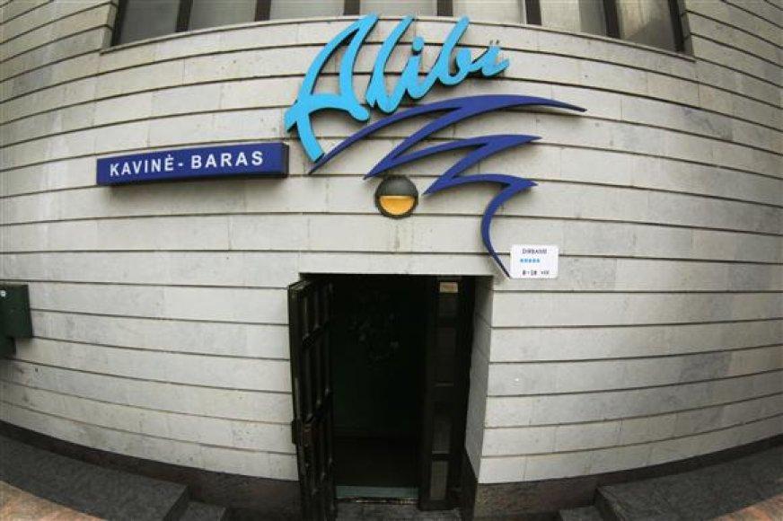 """Nors vakar kavinės """"Alibi"""" durys buvo atidarytos, užeiga klientų neaptarnavo."""