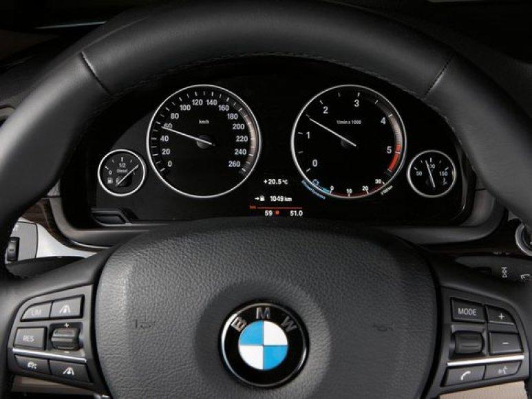 Naujasis BMW 5