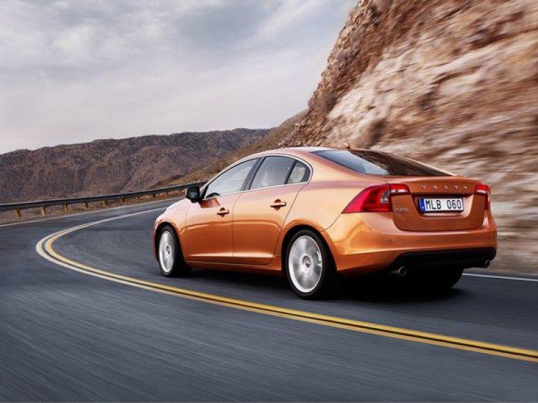 """Naujasis """"Volvo S60"""""""