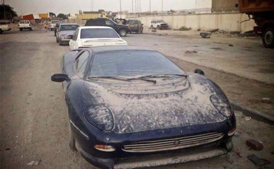 """""""Jaguar XJ220"""""""