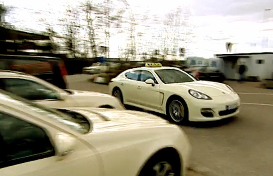 """Porsche Panamera"""