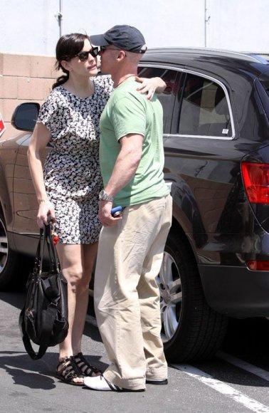Foto naujienai: Liv Tyler įsimylėjo trenerį