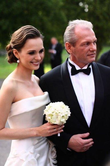 Foto naujienai: Asta Valentaitė-Pinkevičienė: skyrybų priežastis – neištikimybė?