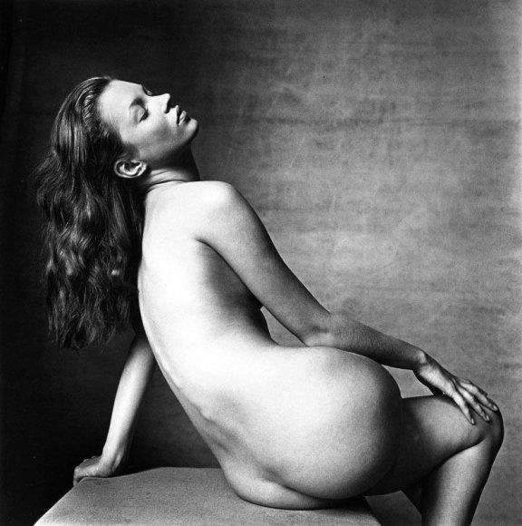 """Foto naujienai: Kate Moss """"pardavimas"""""""